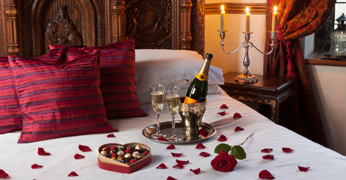 Romantic Bedroom Ideas For Valentine S Day Home And Decoration
