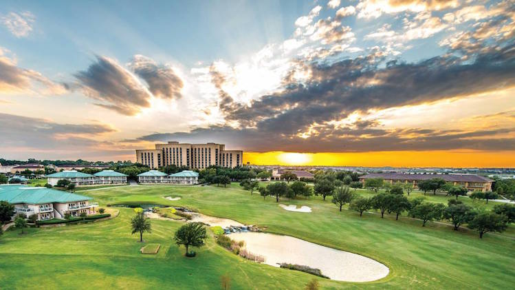 The Luxurious Four Seasons Resort of Dallas The Luxurious Four Seasons Resort of Dallas Capa