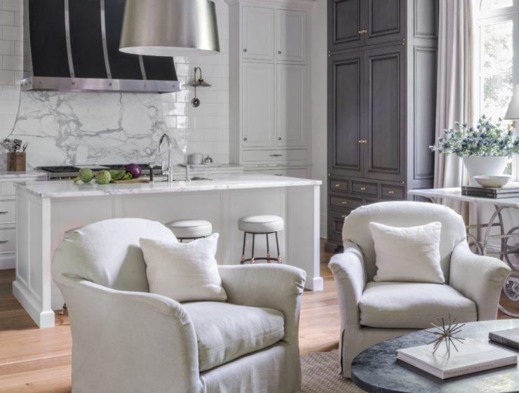suzanne kasler Suzanne Kasler: Designing timeless interiors! suzanne kasler sophisticated simplicity kitchen 1440x961 1 740x560