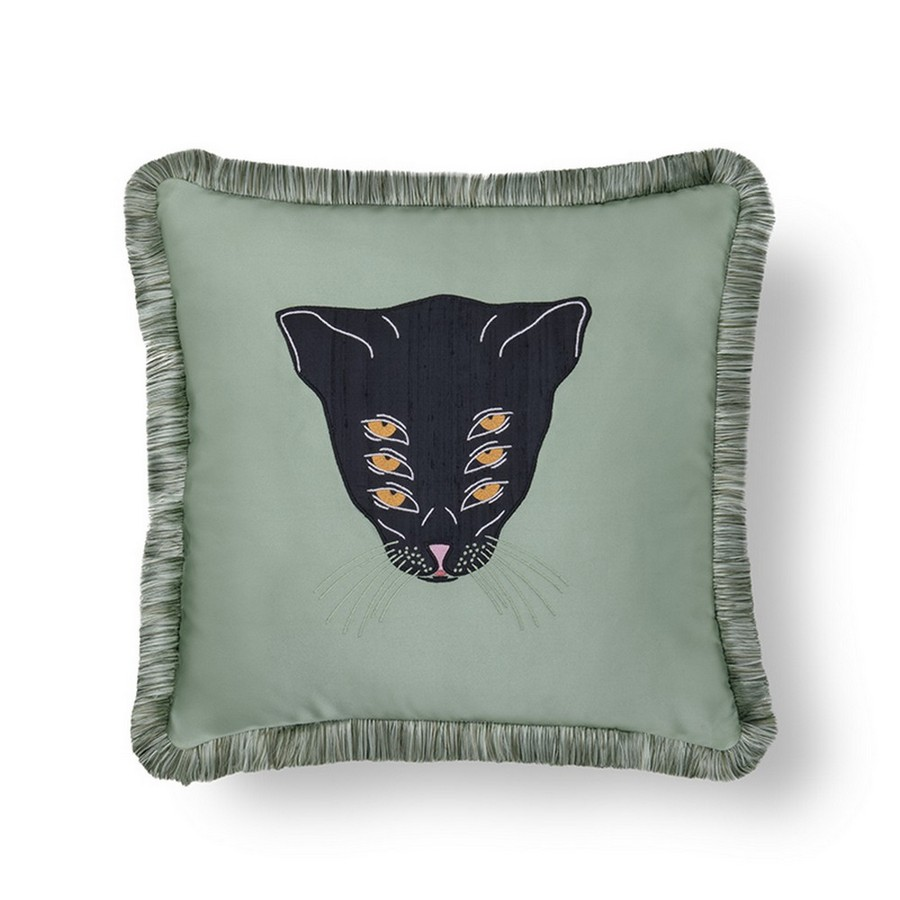 Bring A Sense Of Nature To Your Home Decor With This Trendy Dark Green home decor Bring A Sense Of Nature To Your Home Decor With This Trendy Dark Green Bring A Sense Of Nature To Your Home Decor With This Trendy Dark Green 3