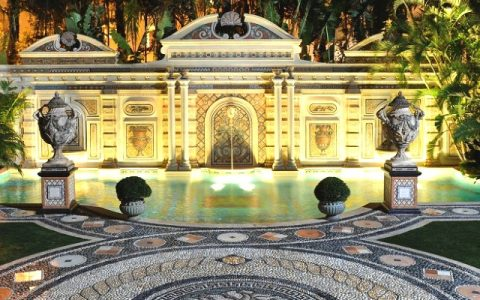 Miami's Famous Versace Mansion Was Remodel By Straticon Construction versace Miami's Famous Versace Mansion Was Remodel By Straticon Construction Miamis Famous Versace Mansion Was Remodel By Straticon Construction capa 480x300