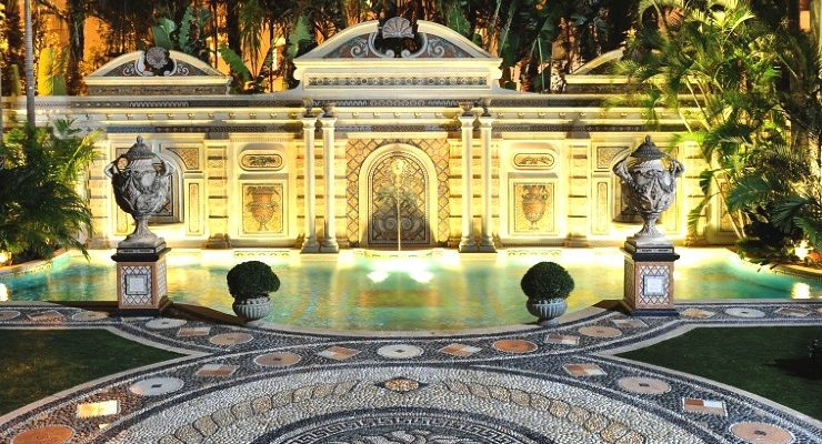 Miami's Famous Versace Mansion Was Remodel By Straticon Construction versace Miami's Famous Versace Mansion Was Remodel By Straticon Construction Miamis Famous Versace Mansion Was Remodel By Straticon Construction capa 740x400