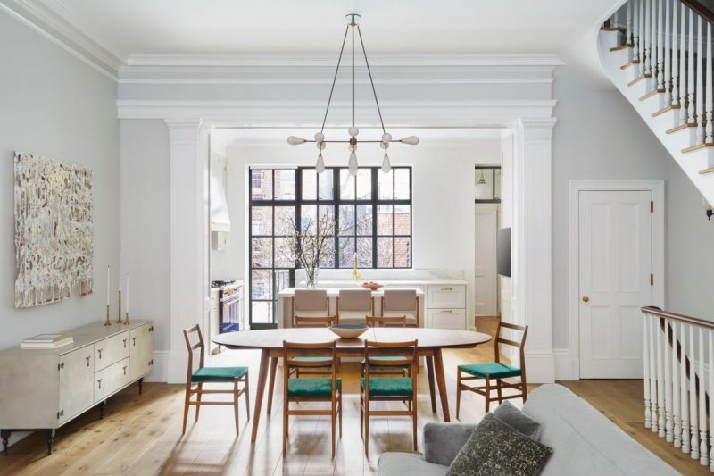 modern mid century Discover The Modern Mid Century Decor On This NYC Townhouse! Discover The Modern Mid Century Decor On This NYC Townhouse2 e1603901367698