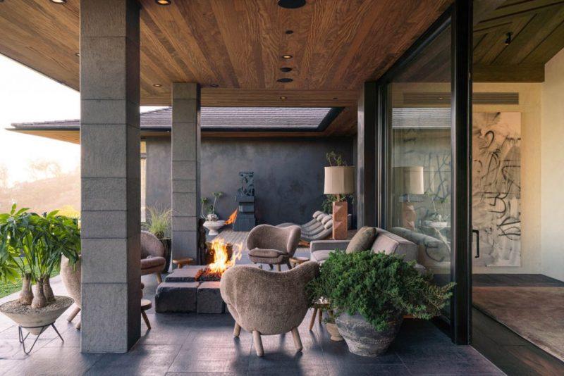 ellen degeneres Ellen DeGeneres' Bali-Inspired Home Is Up For Sale! Ellen DeGeneres Bali Inspired Home Is Up For Sale4 e1602857028100