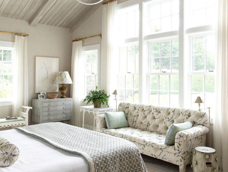 markham roberts Markham Roberts Designs A Bold Hamptons Home! Markham Roberts Designs A Bold Hamptons Home3 740x560