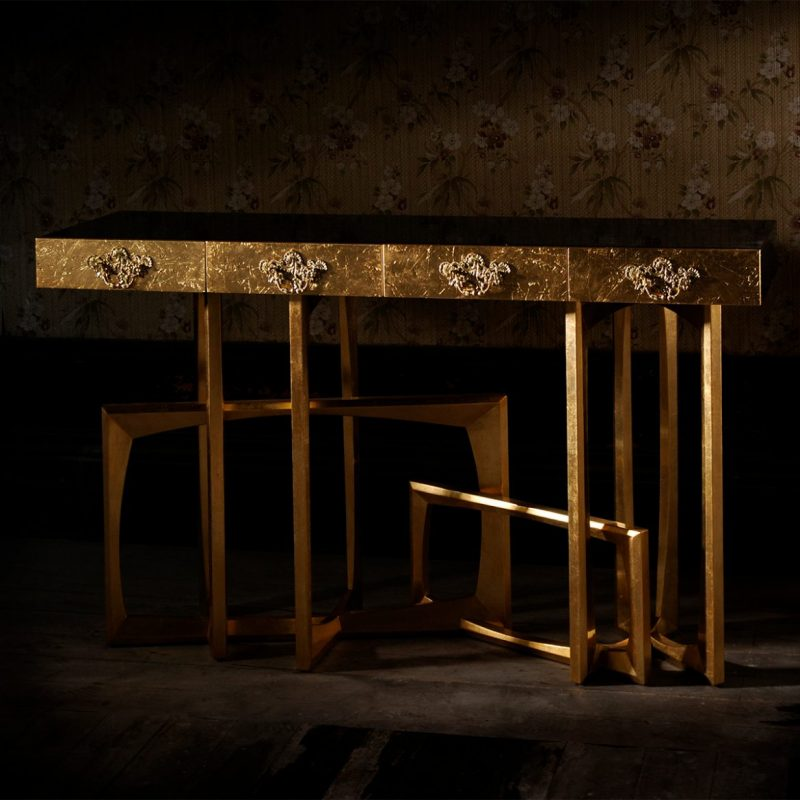 You'll Fall In Love With These Amazing Consoles! Youll Fall In Love With These Amazing Consoles6 e1610470419994 consoles Consoles – An Accent table that makes the difference Youll Fall In Love With These Amazing Consoles6 e1610470419994