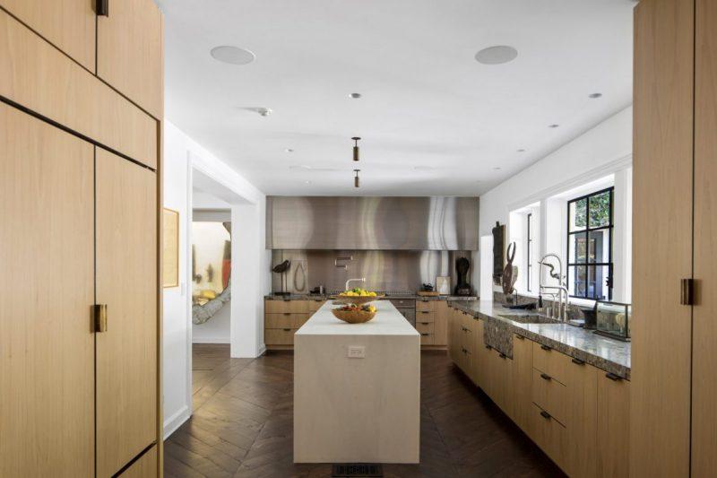 ellen degeneres Ellen DeGeneres Lists Beverly Hills Mansion For $53.5 Million Ellen DeGeneres Lists Beverly Hills Mansion For 53