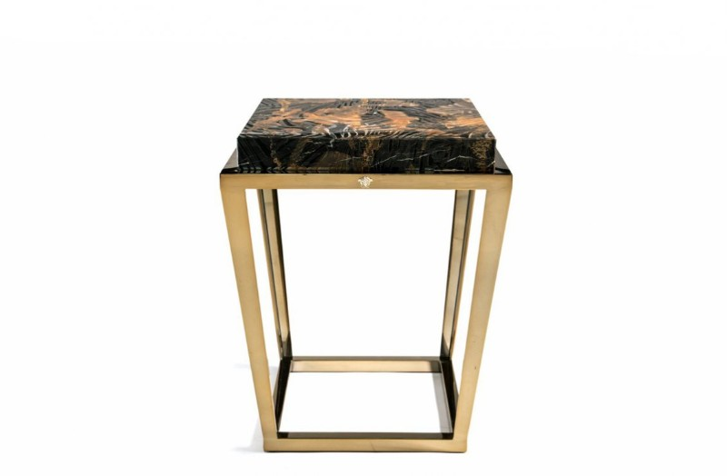 side tables Side Tables Are The Best Pieces To Embellish Any Room! Side Tables Are The Best Pieces To Embellish Any Room10